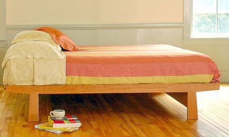 Cherry-moon-dovetail-bed