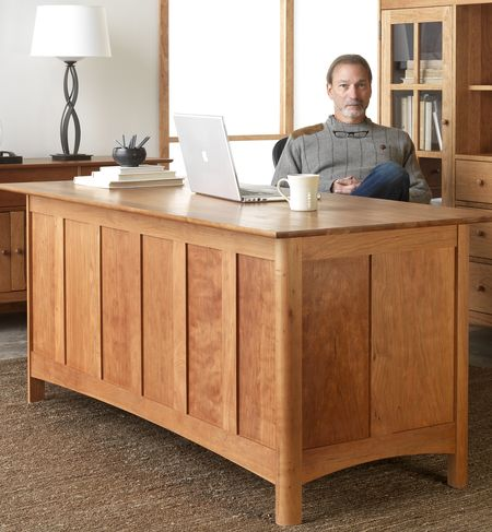 Solid-wood-desks-usa